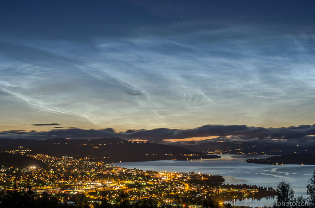 Noctilucent clouds over the town Gjøvik and lake Mjøsa